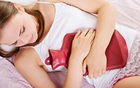 девушка готовиться к маммографии после пика цикла
