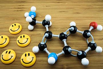 формула серотонина