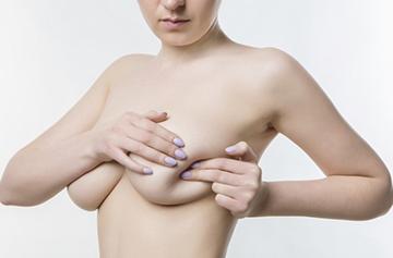 прощупывание груди